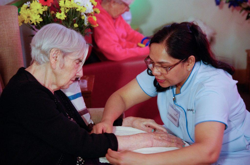 Respite care for elderly - caring elder
